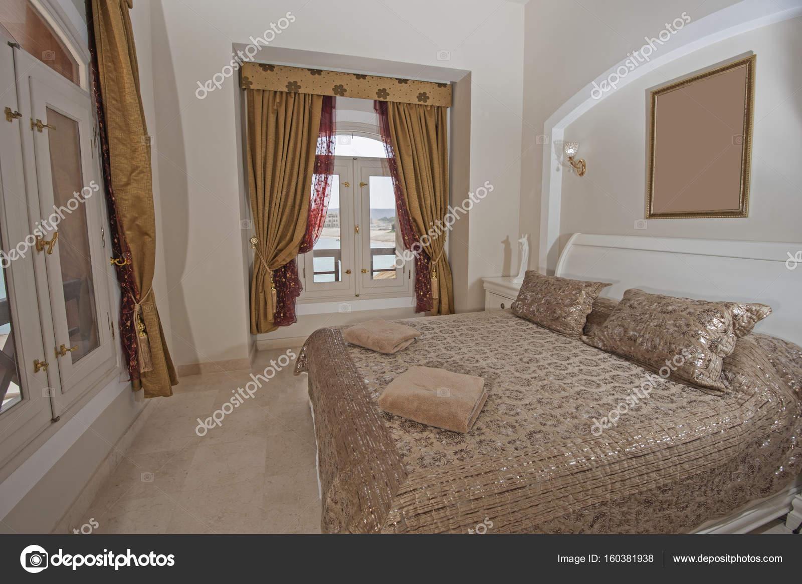Inneneinrichtung der Zimmer im Haus — Stockfoto © paulvinten #160381938