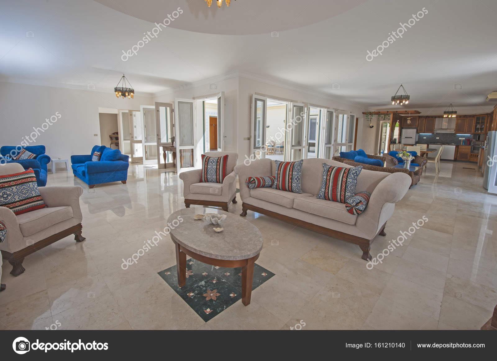 Interieurinrichting van luxe appartement woonkamer — Stockfoto ...
