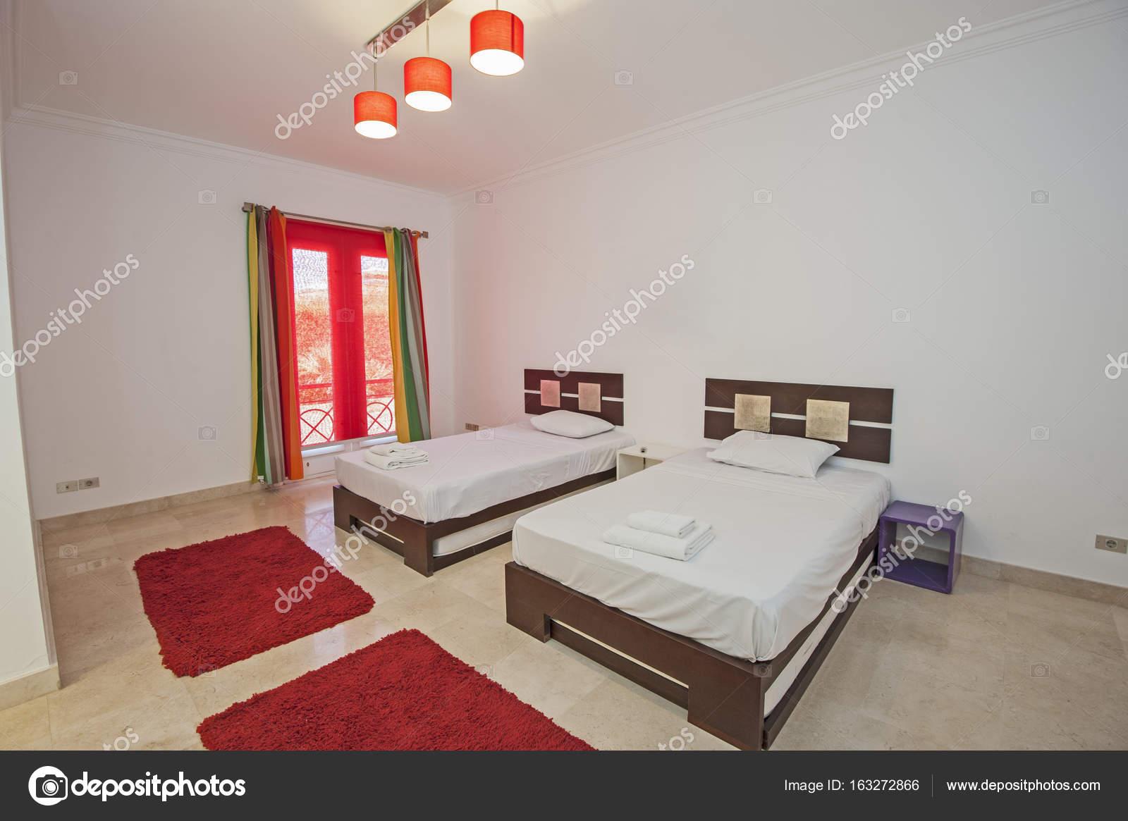 Inneneinrichtung der Zimmer im Haus — Stockfoto #163272866