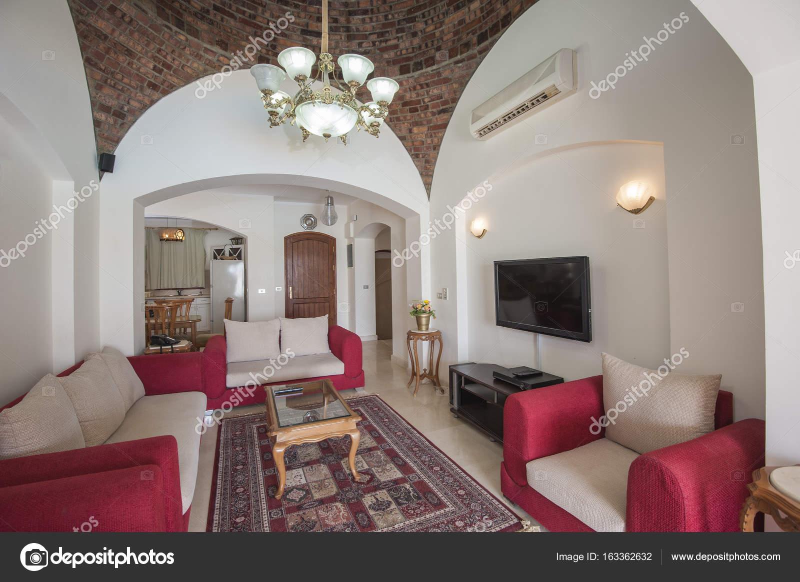 interieurinrichting van luxe appartement woonkamer stockfoto