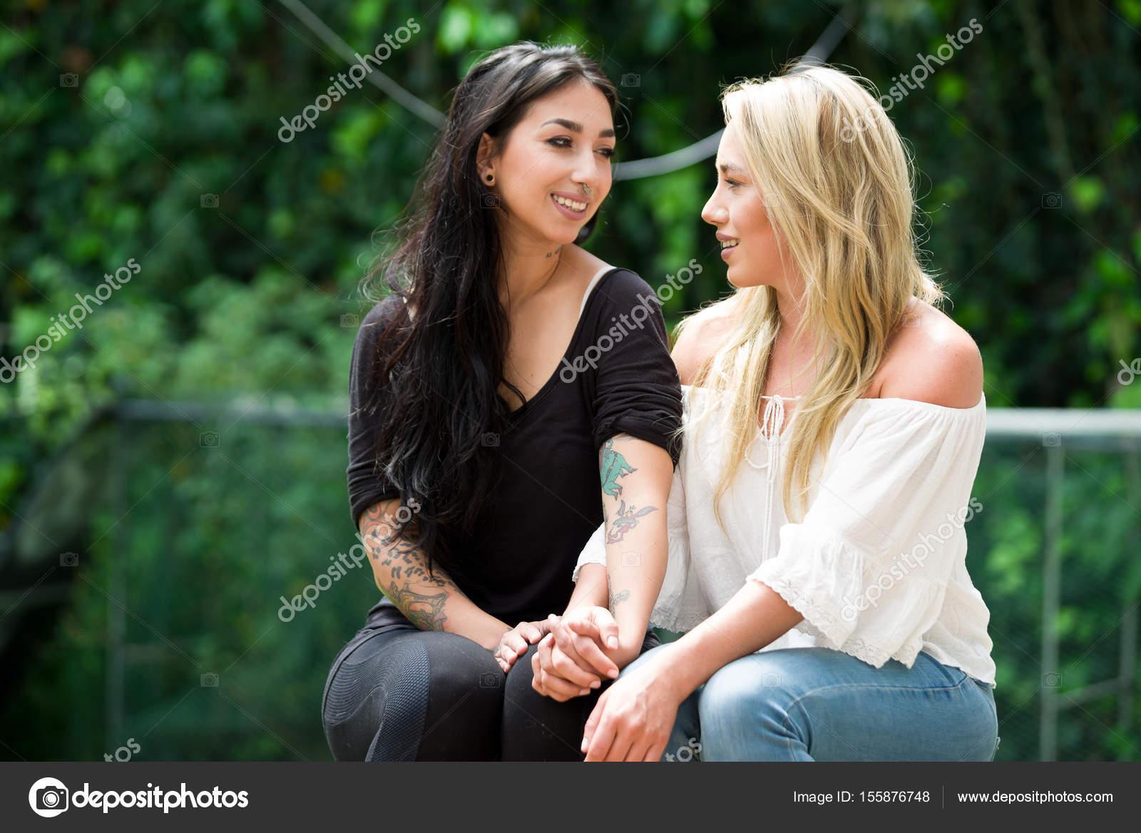 Sexiga lesbiska bilder