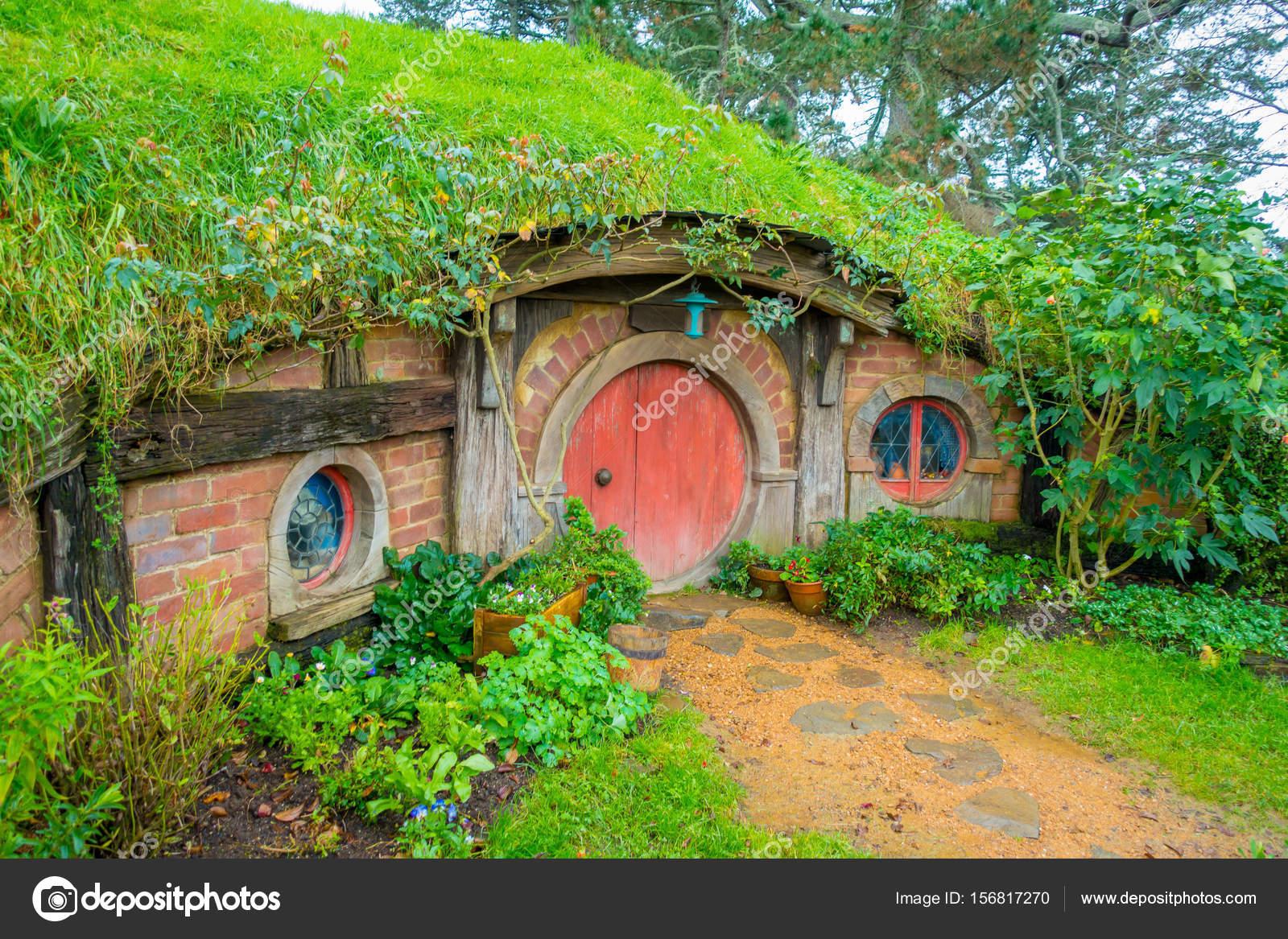 North island nouvelle z lande 16 mai 2017 hobbit for Porte hobbit