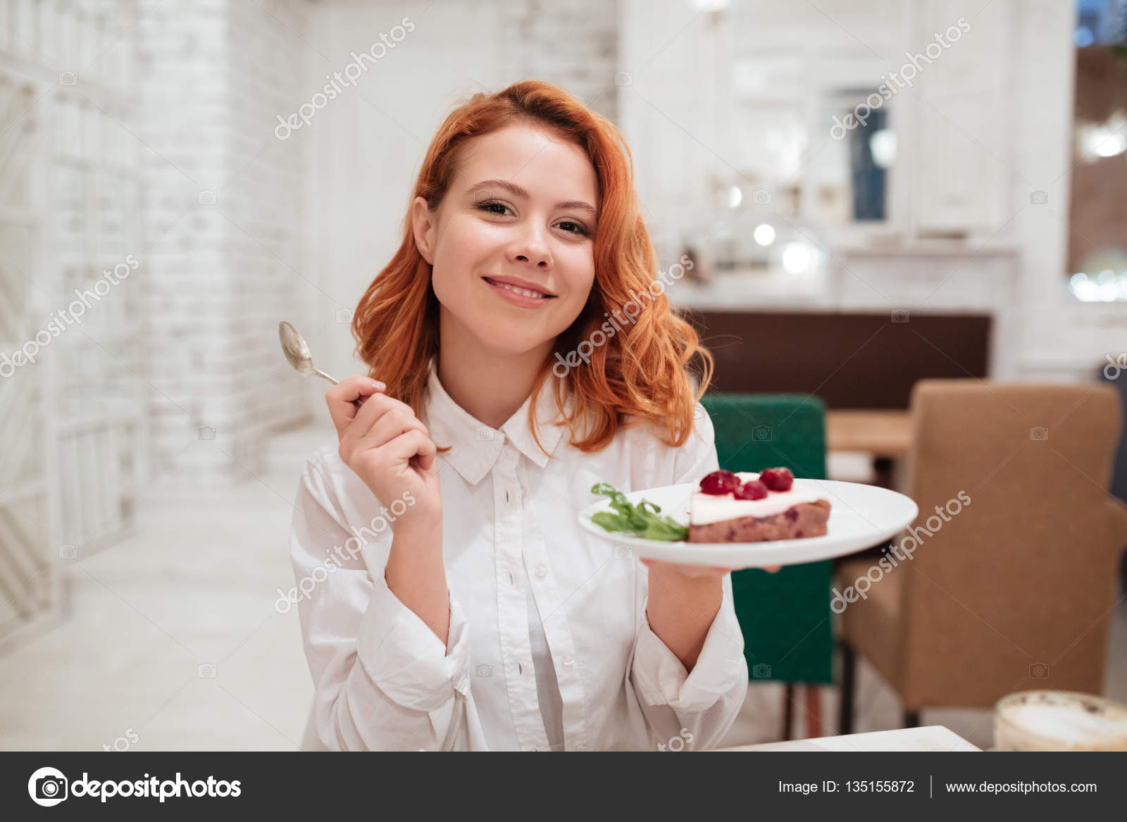 eating-redhead-adult