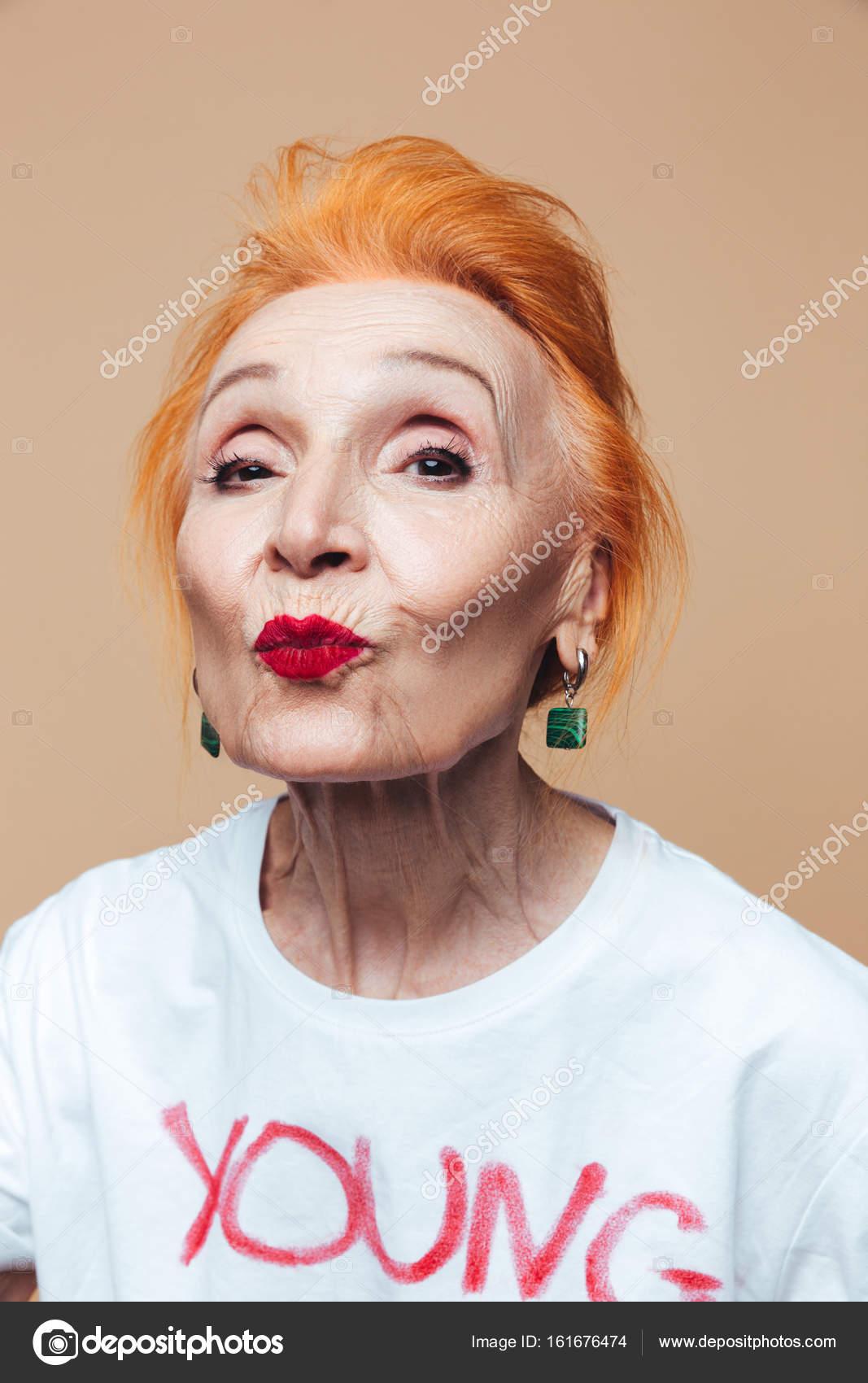 Ältere ältere Rothaarige Rothaarige