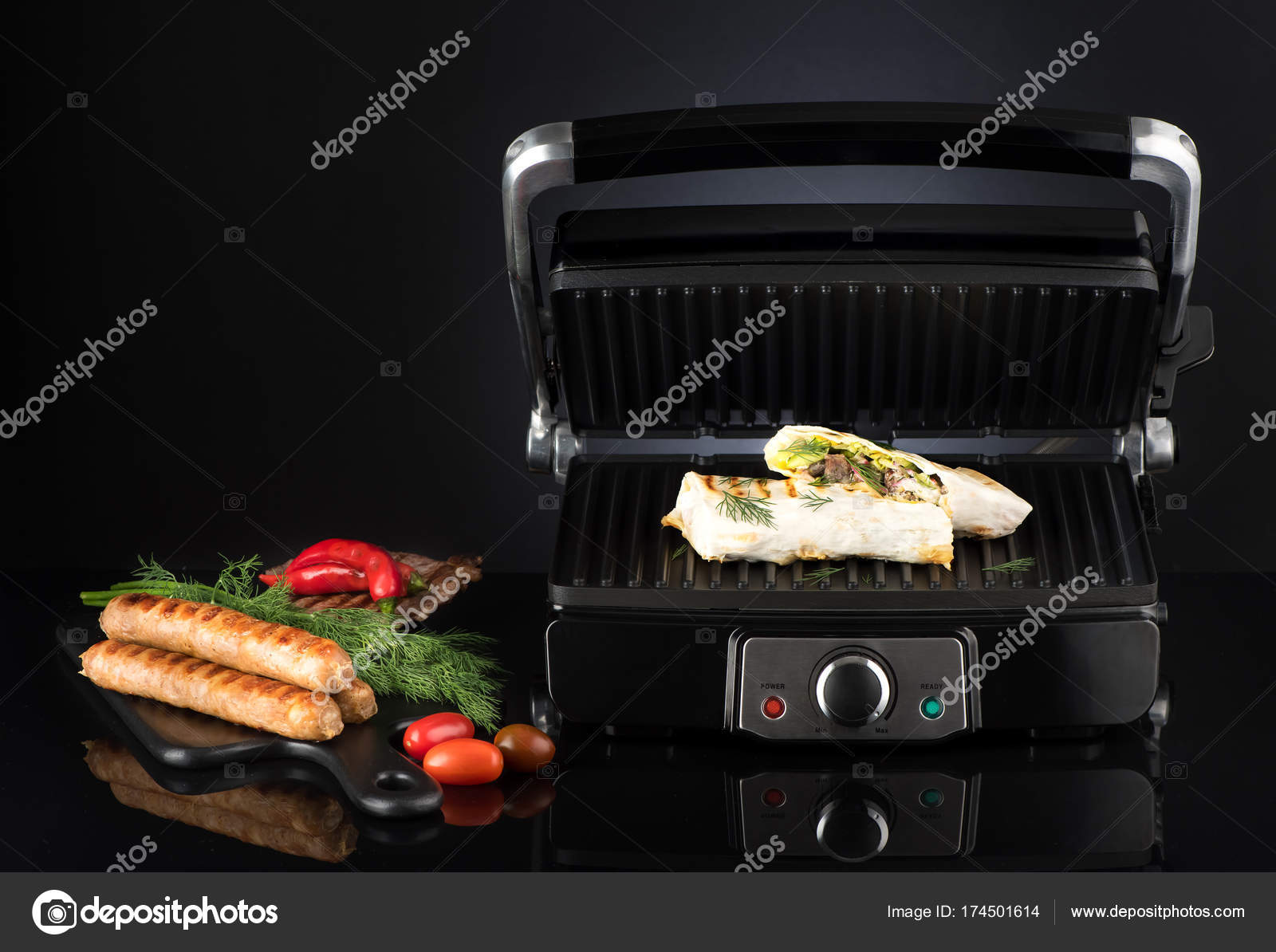 Guter Elektrogrill Für Würstchen : Döner kebab gyros döner würstchen und beef steak auf ein