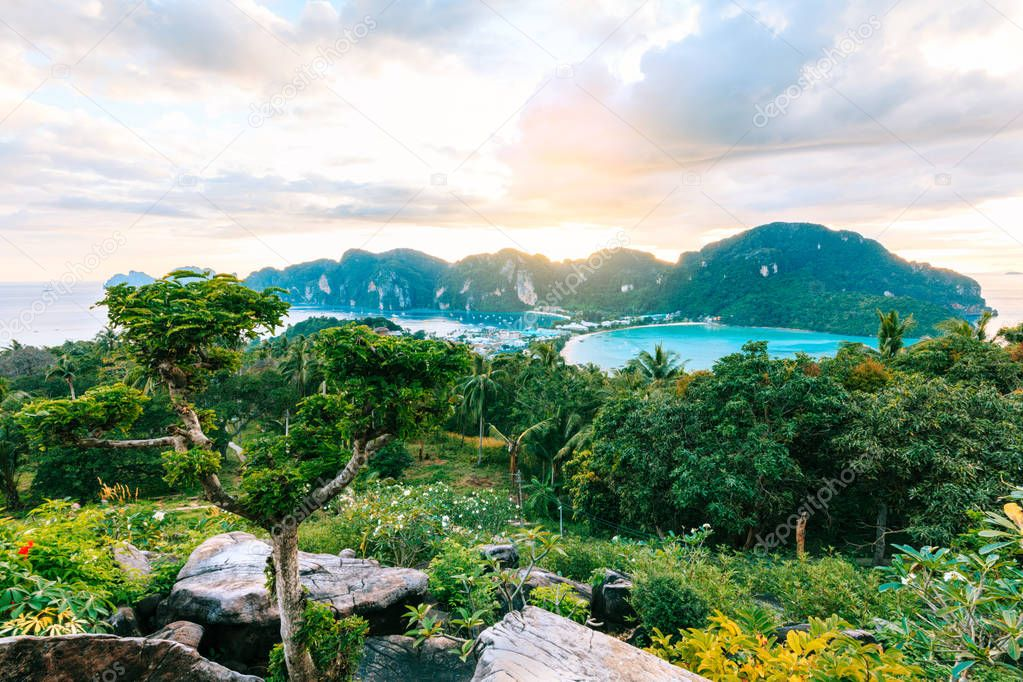 View Point bay Koh Phi Phi Don in andaman sea, Phi Phi Islands K