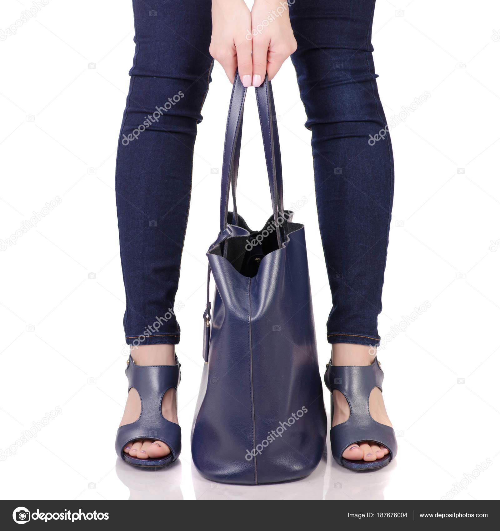 Αγοράστε γυναικεία πόδια 9ba14c5230e