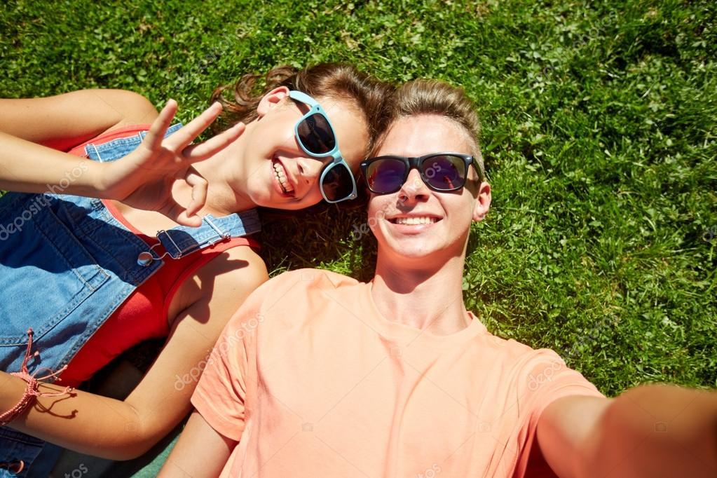 Risultati immagini per coppie adolescenti