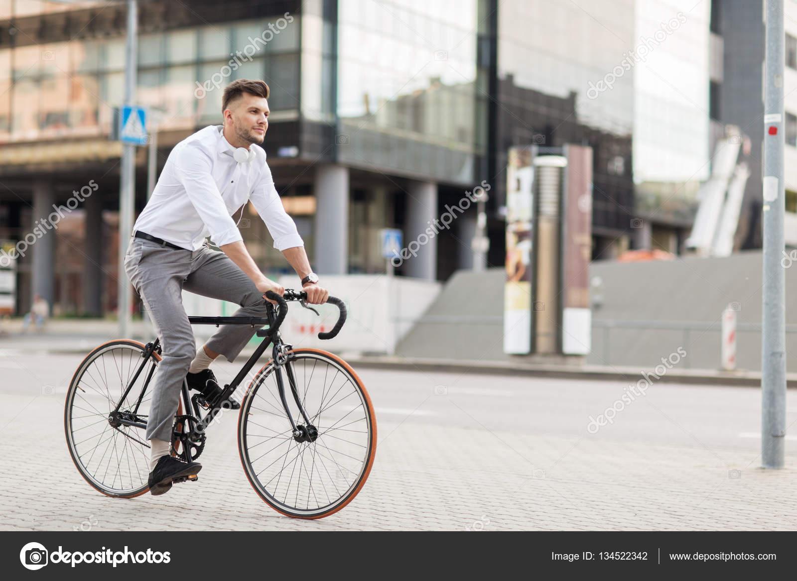 Kopfhörer beim fahrradfahren