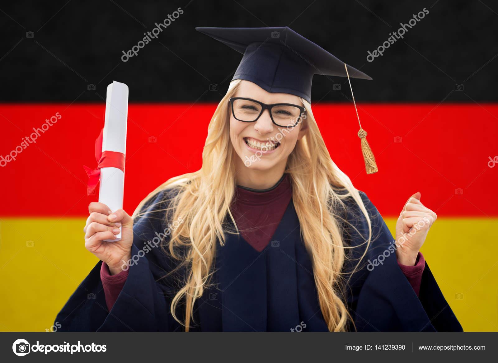 dyplomem