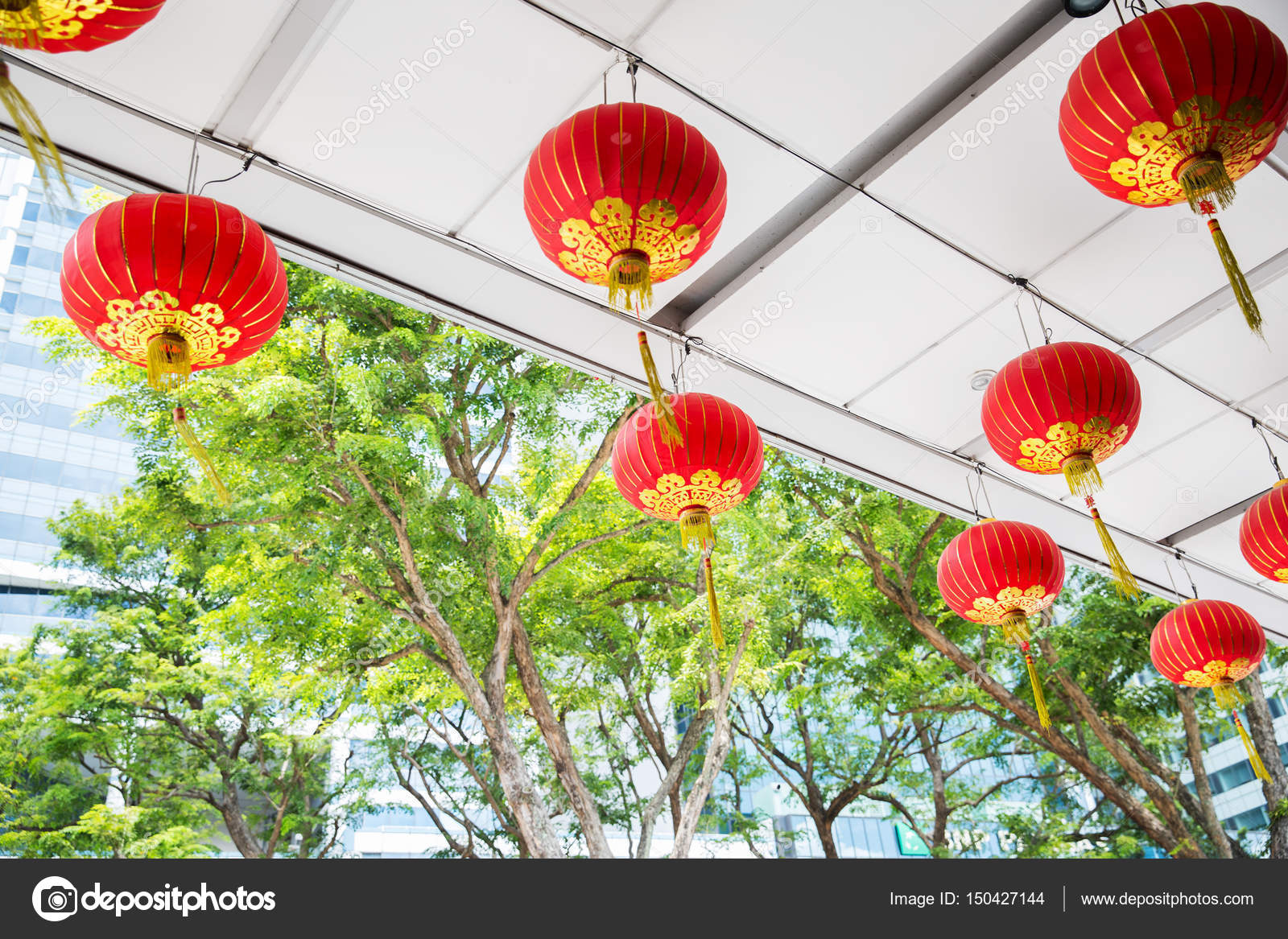 Decorazioni Con Lanterne Cinesi : Soffitto decorato con lanterne cinesi d attaccatura u foto stock