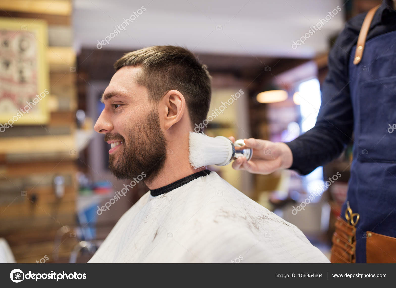 Frases Para Peluqueria Masculina Peluquero Con Cepillo De