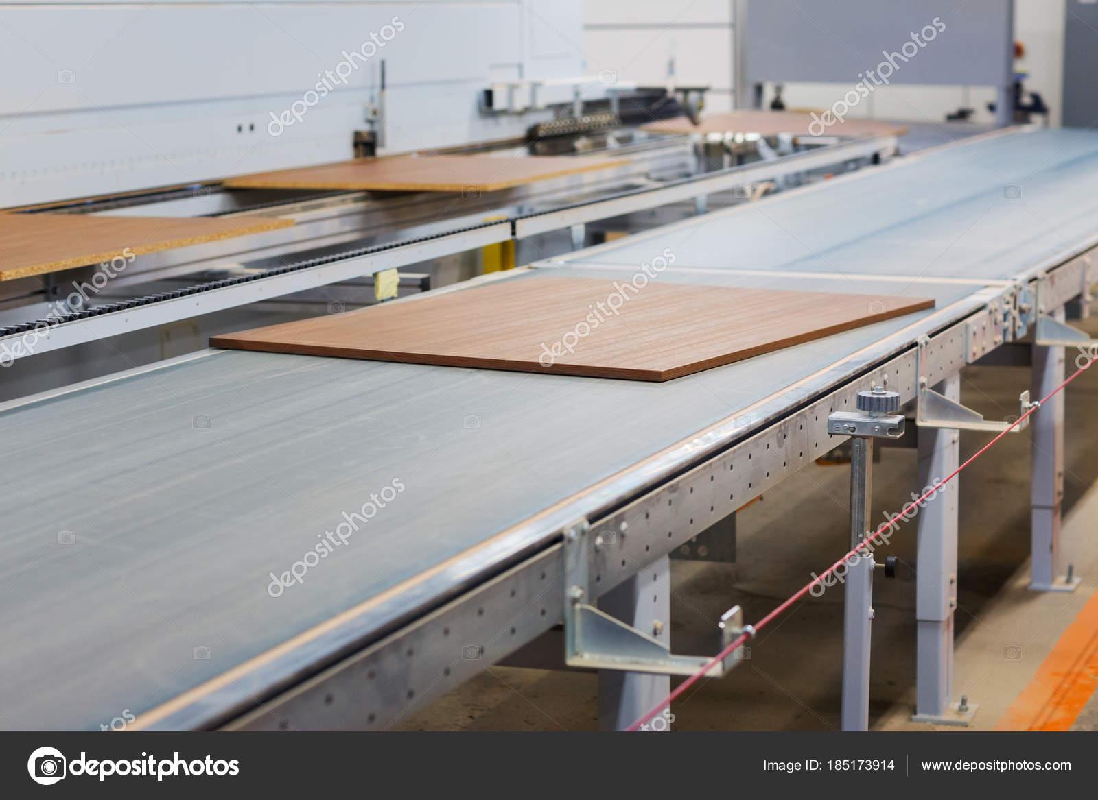 Конвейер в мебельном производстве ооо саратовский завод конвейеров феникс