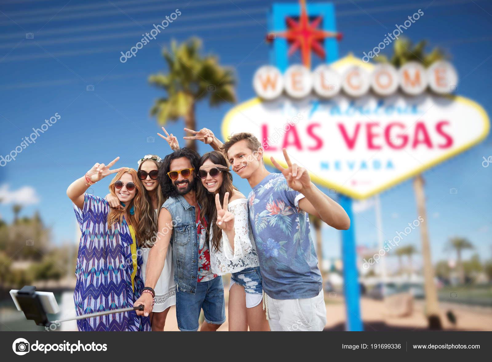 Freunde Reisen Nach Las Vegas Und Nehmen Selfie Stockfoto