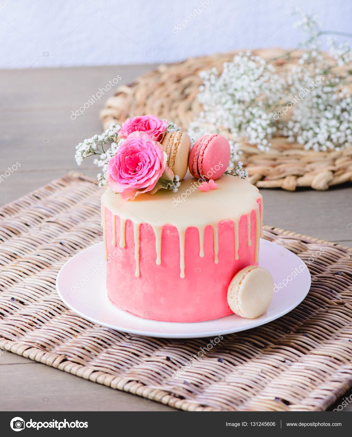 különleges torta képek Egy különleges alkalomra, torta — Stock Fotó © anatols #131245606 különleges torta képek