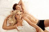Fotografie Fröhlich, attraktiven Liebhaber in die Hotelzimmer