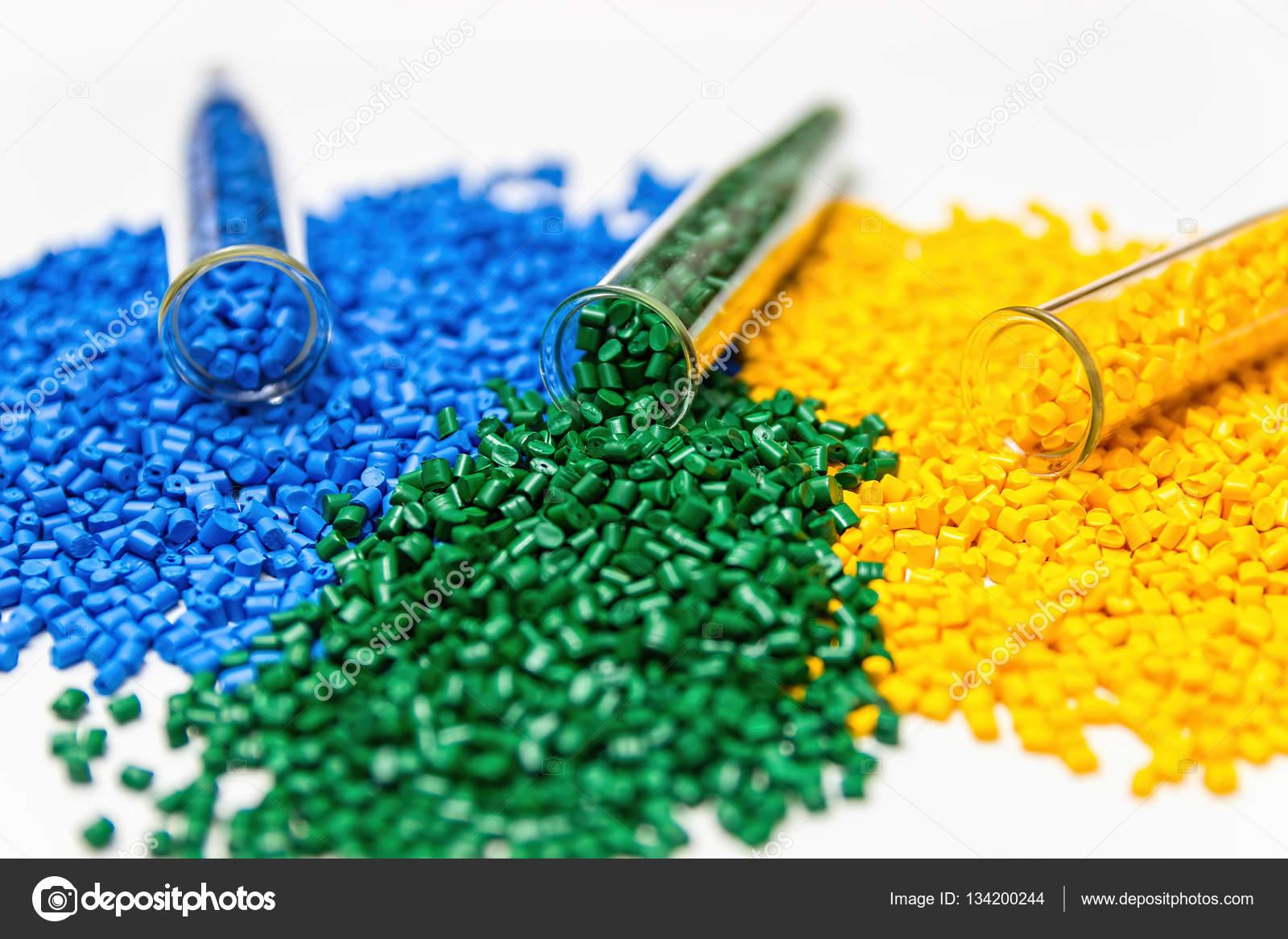 Colorante polimérico. Colorantes para plásticos. En los gránulos del ...