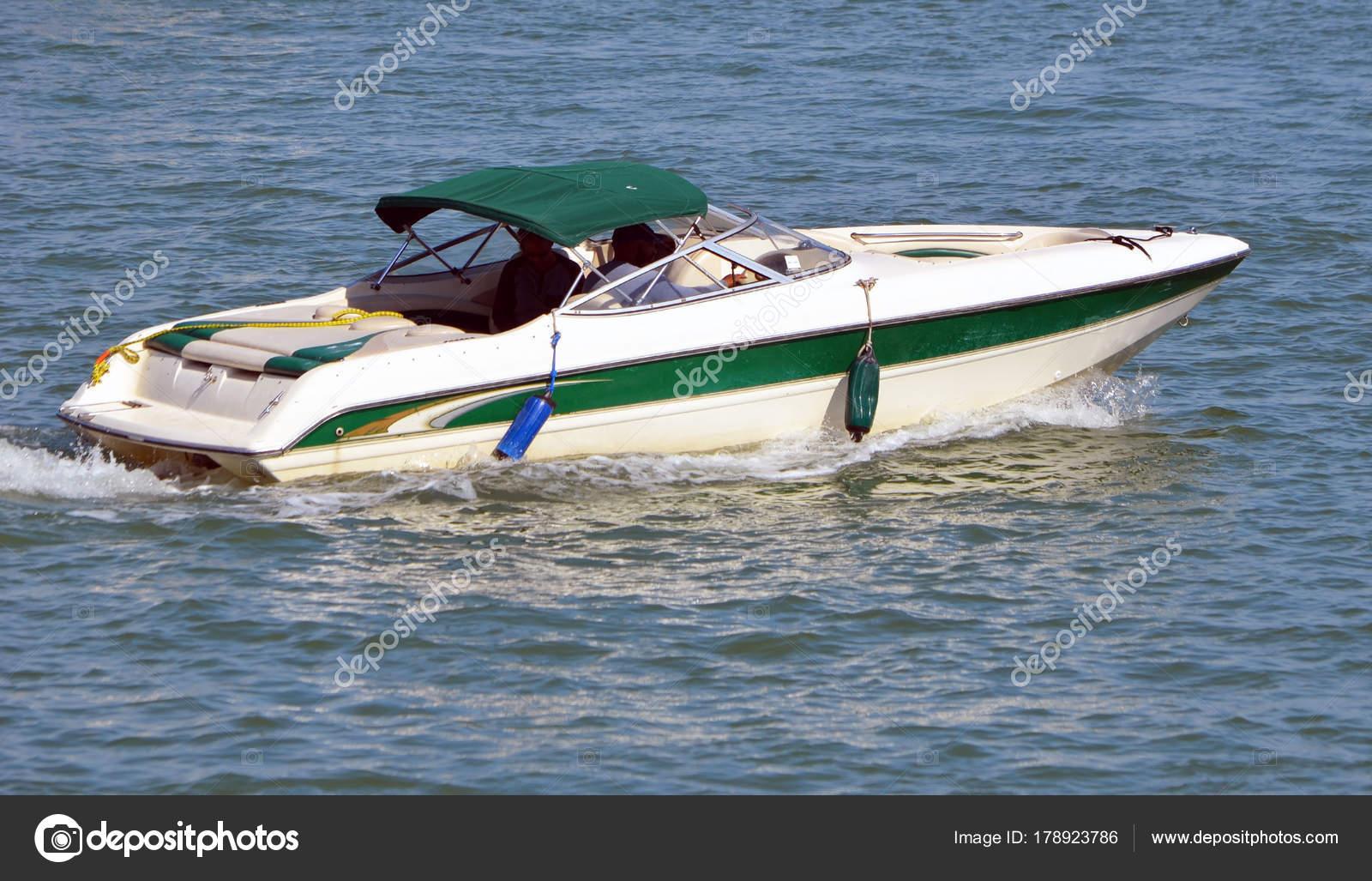 Motor Boat Dark Green Canopy Slowly Cruising Florida Intra Coastal — Stock  Photo