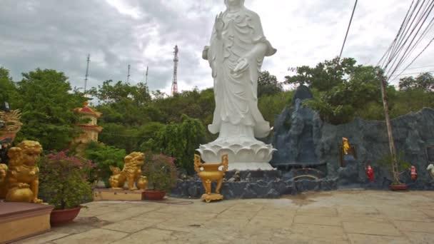 Socha Buddhy velká společenská