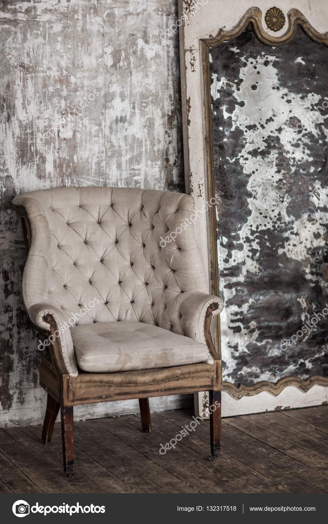 Weiße Textilien Klassizistischen Stil Sofa Im Vintage Zimmer Weiße