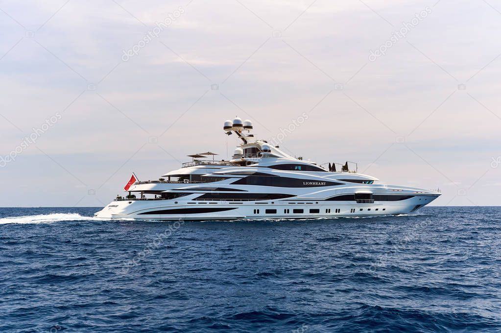 Lionheart yacht in the Sea