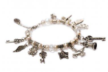 Bracelet made of pearls