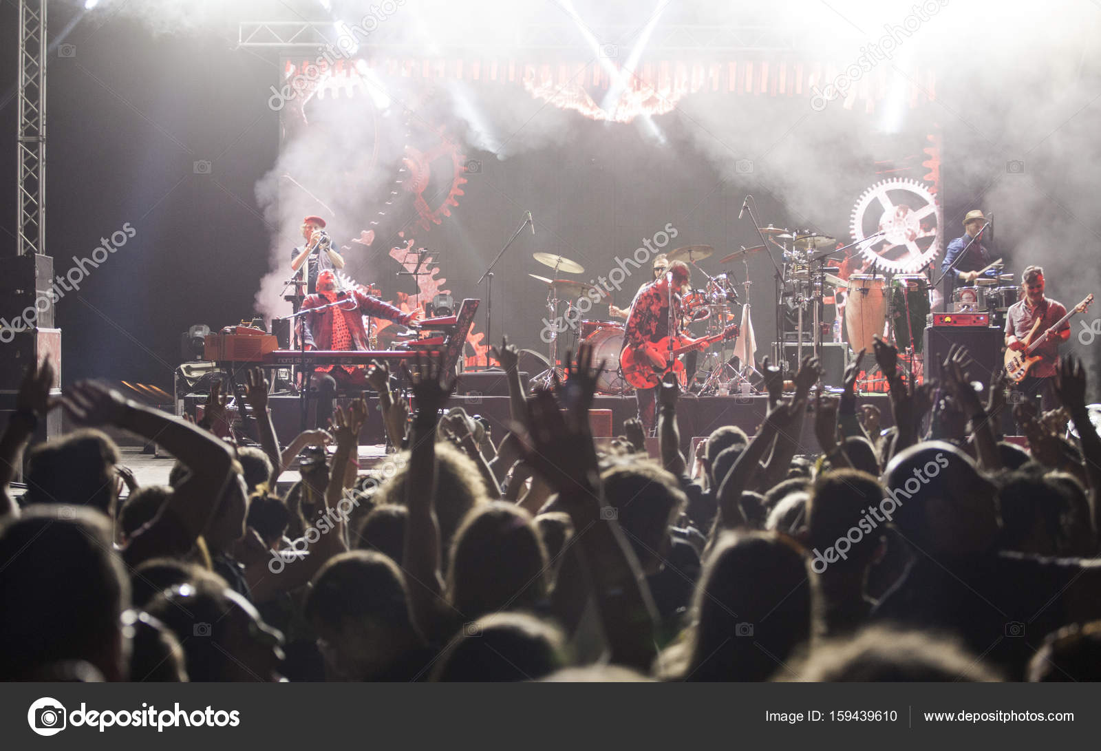 depositphotos_159439610-stock-photo-band-performs-on-stage-rock.jpg?profile=RESIZE_710x