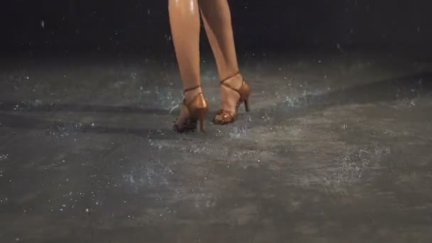 Allie haze takes you dancing naked in the rain