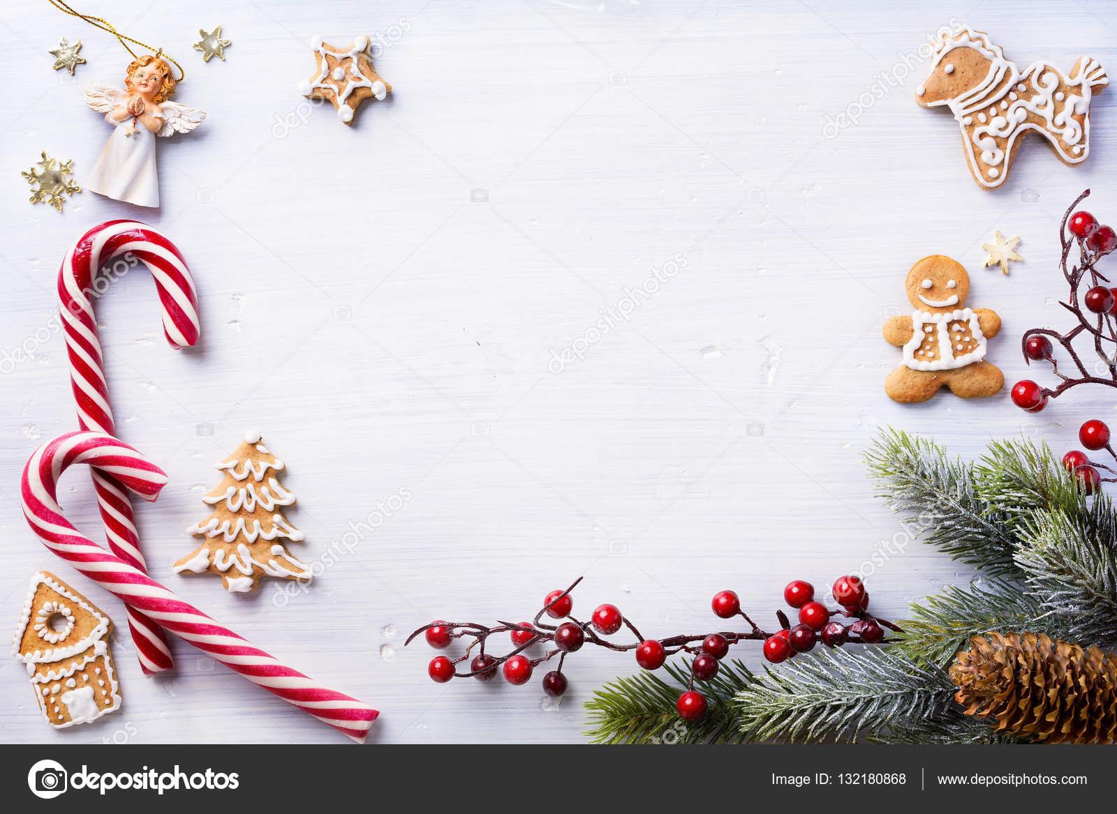 Weihnachten Urlaub Zusammensetzung auf weißem Hintergrund mit Kopie ...
