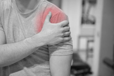 Red as a symbol for shoulder pain