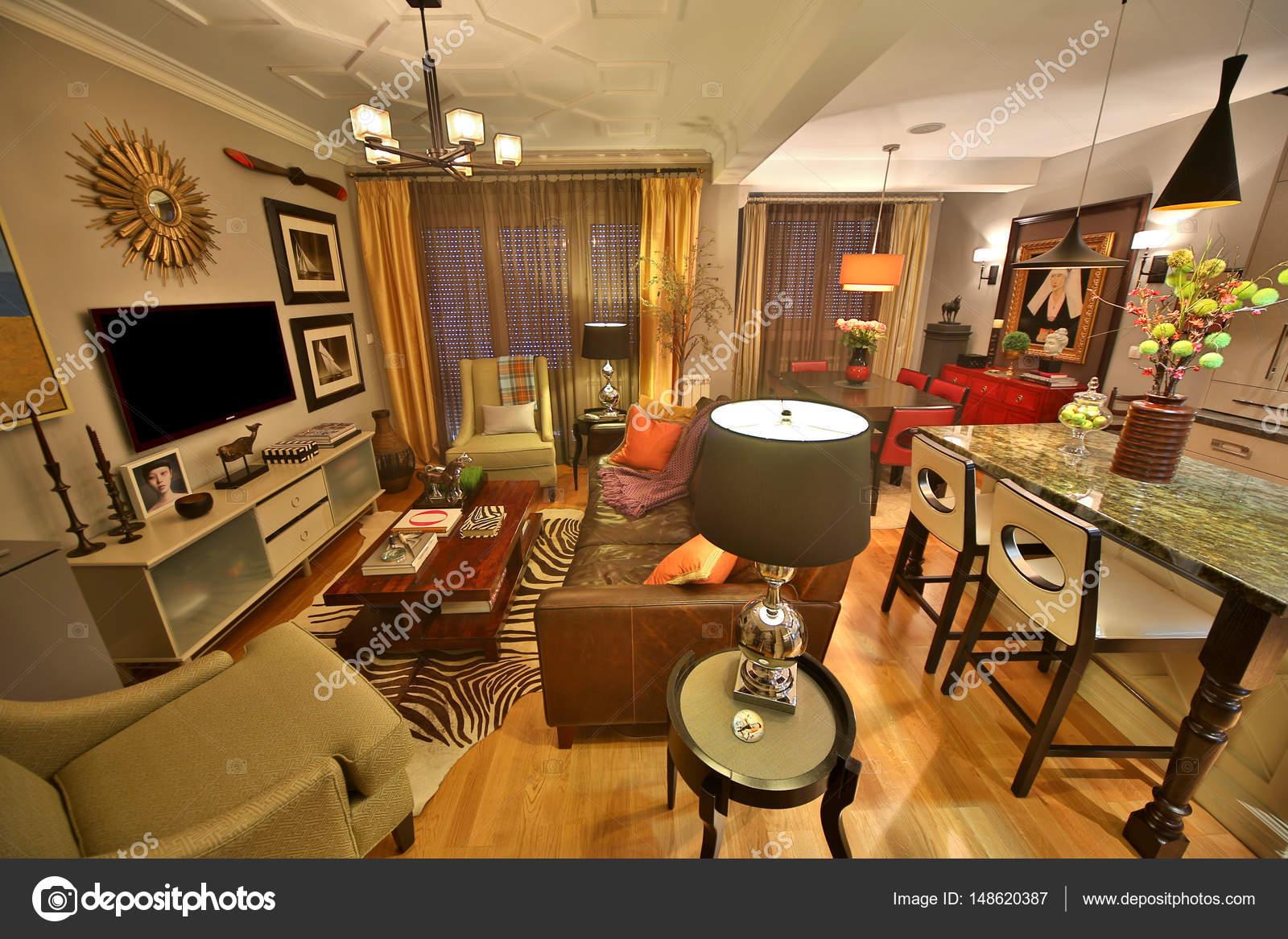 Wohnzimmer Luxus U2014 Stockfoto. Belgrad, Serbien   14. März 2015: Detail Der  Luxuriösen Einrichtung Der Wohnung U2014 Foto Von Boggy22