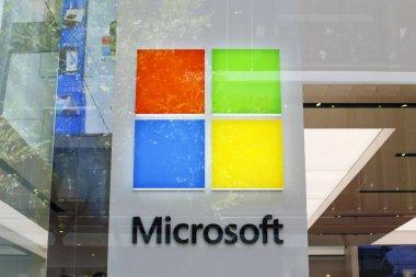 Microsoft store showcase