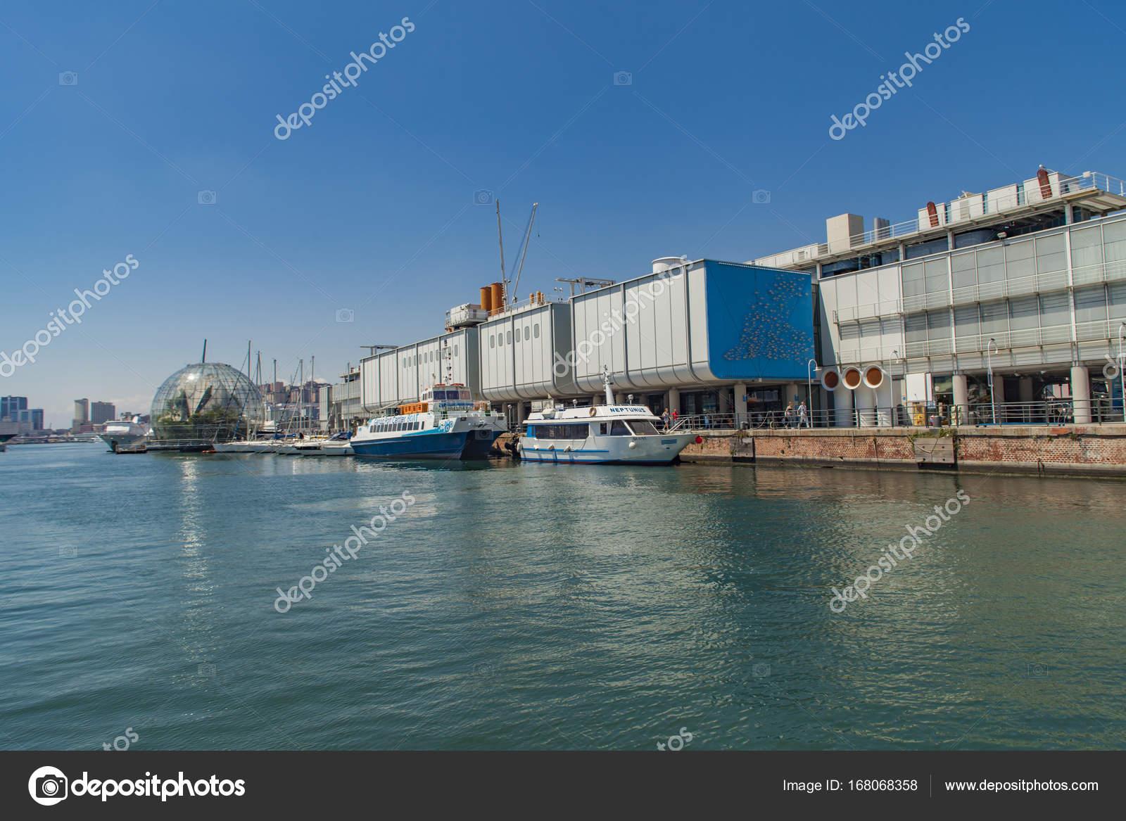 イタリアのジェノヴァ水族館 - ...