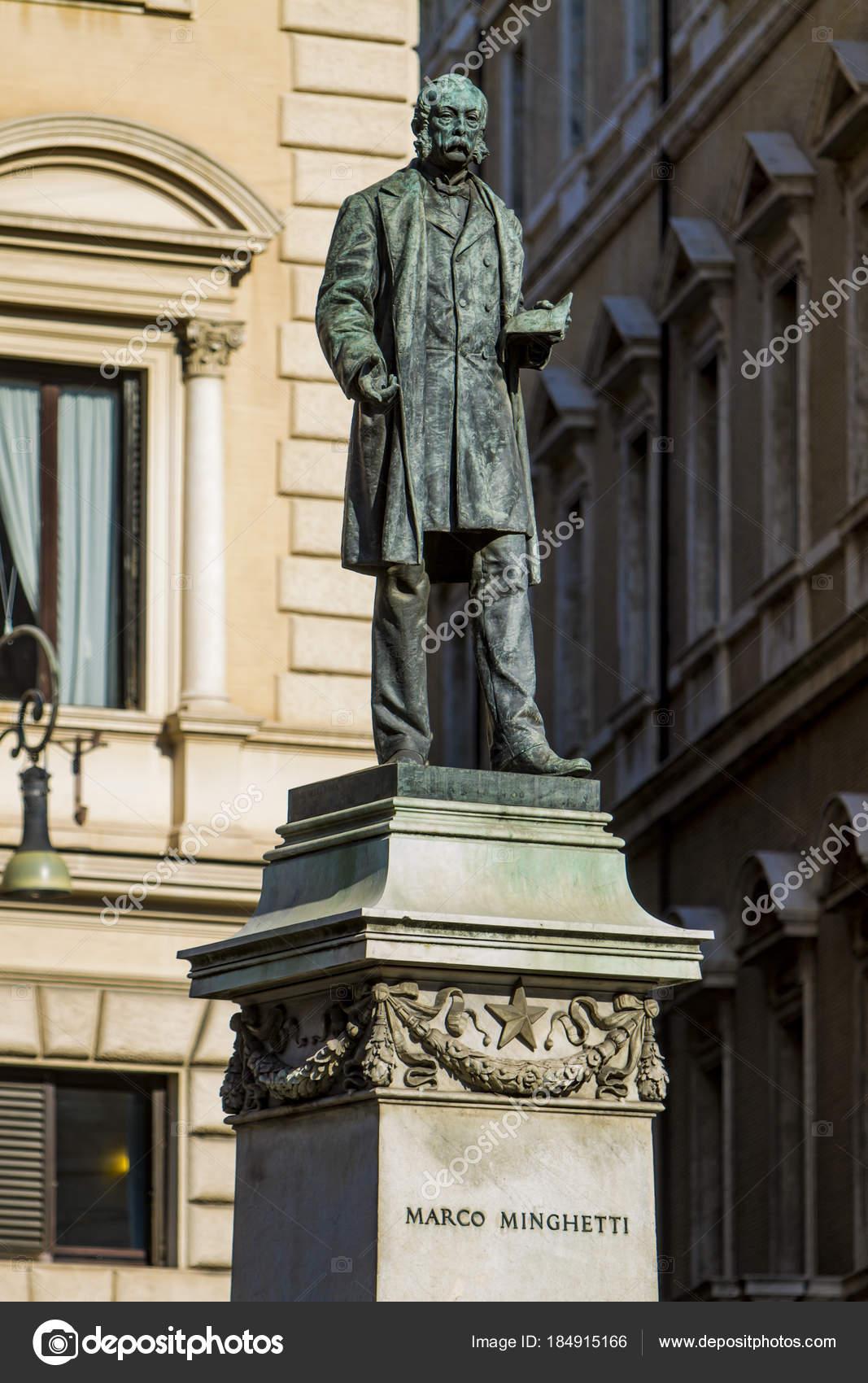 Monumento Italiano Economista Estadista Marco Minghetti Roma Italia ...