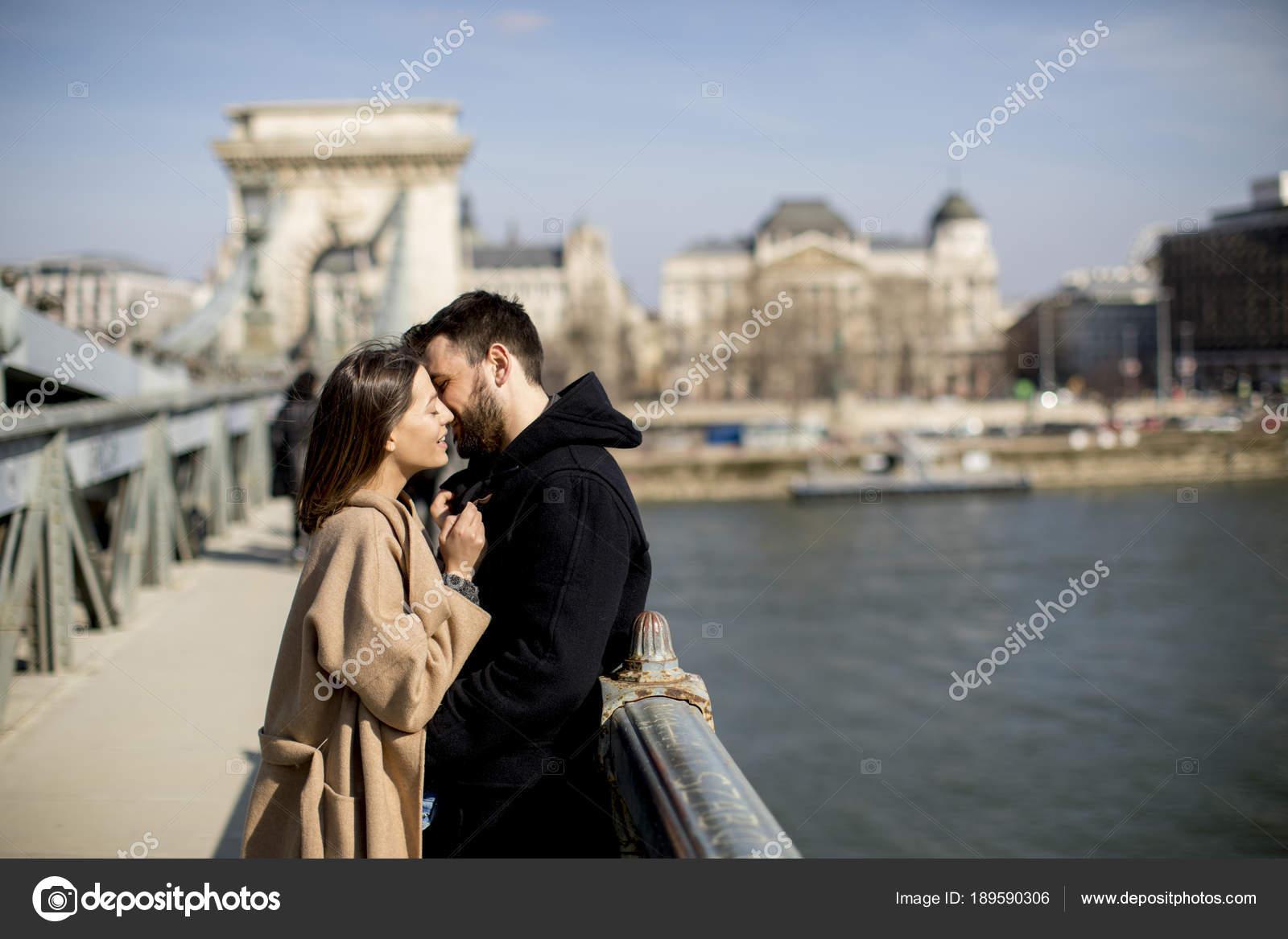 Dating με Ουγγαρία