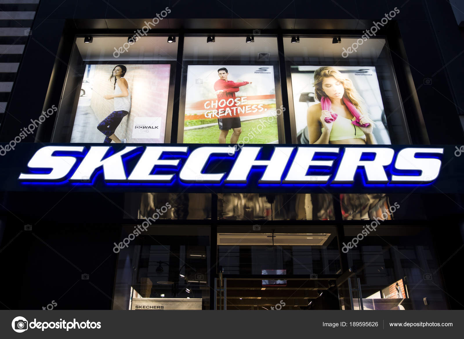 e50f3fa33144 New York Usa August 2017 Detail Skechers Store New York — Stock Photo