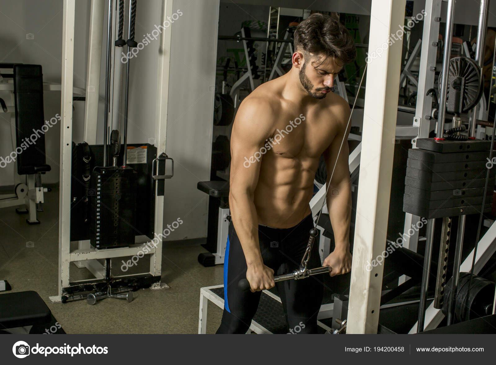 Ejercicios para hacer triceps en el gimnasio