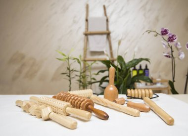 Wooden equipment for anti-cellulite maderotherapy massage in the salon