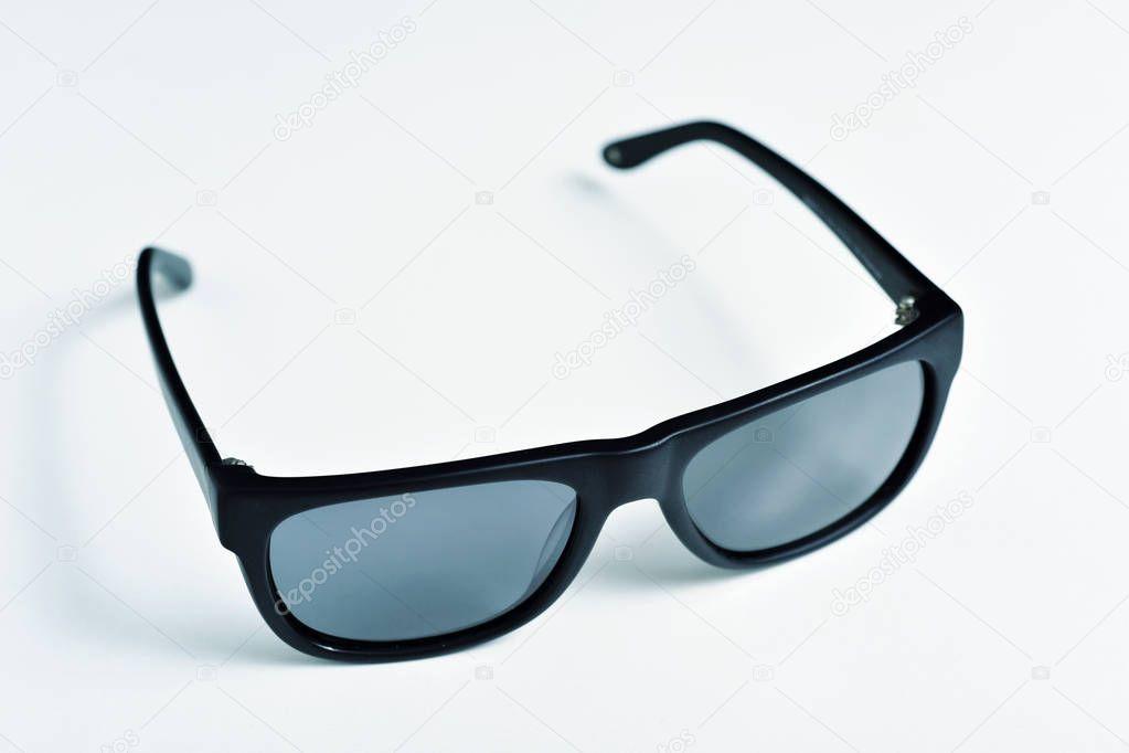 gafas de sol con borde de plástico negro — Fotos de Stock © nito103 ...
