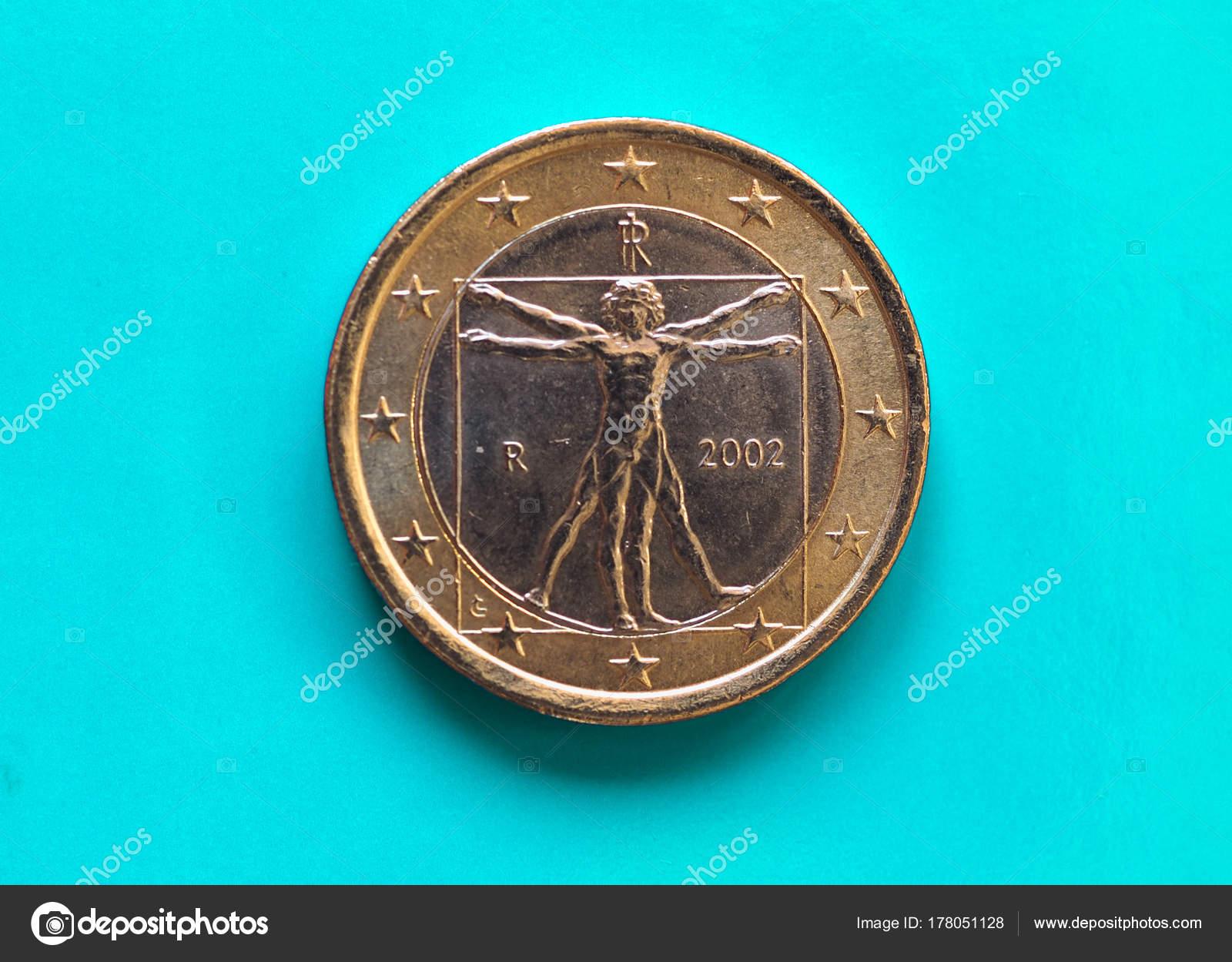 1 Euro Münze Europäische Union Italien über Grün Blau Stockfoto