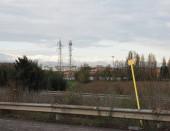 Freileitungsmast und Zellenturm
