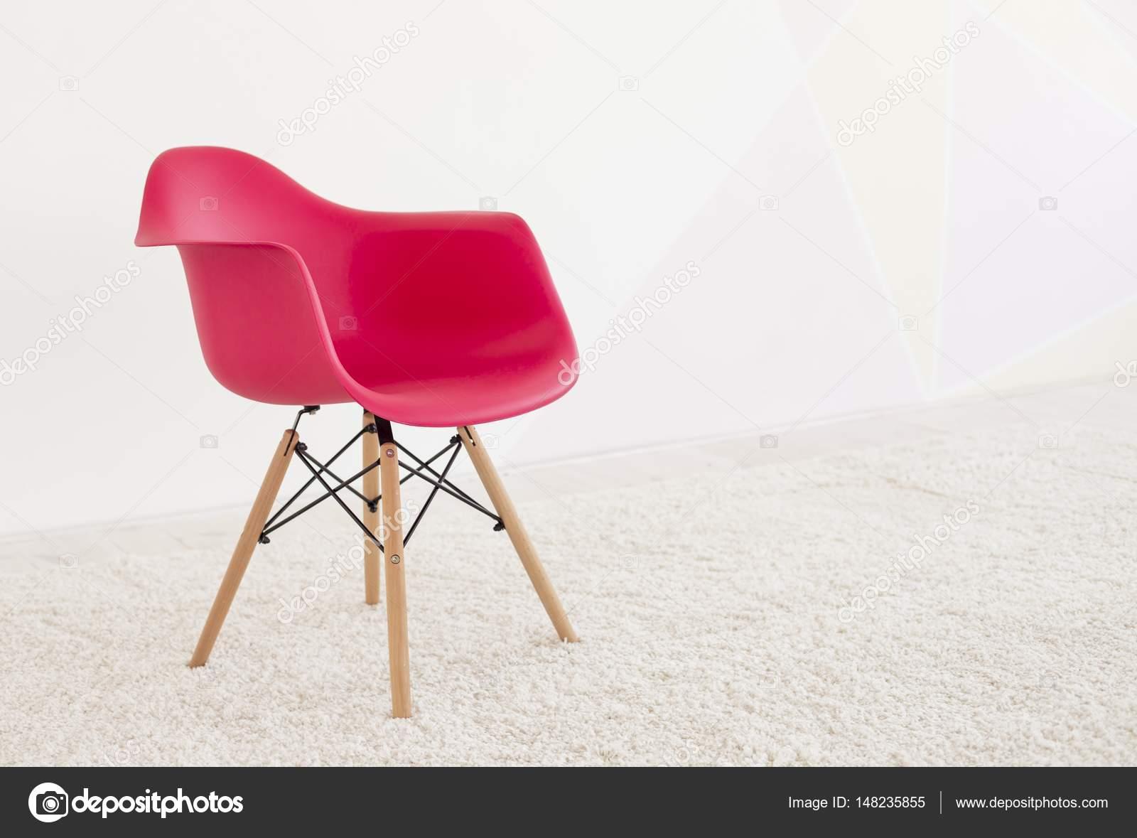 Rote Farbe Stuhl, Moderne Designer Stuhl. Reihe Von Möbeln U2014 Stockfoto