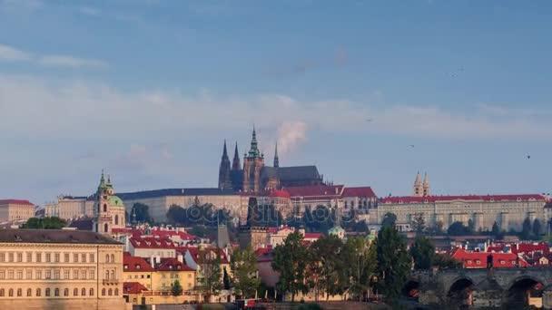 V Praze včetně Karlova mostu přes řeku Vitava Česká republika, Evropa