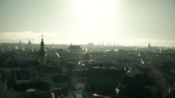Praha Panorama za slunečného dne, Česká republika. 4 k pan shot