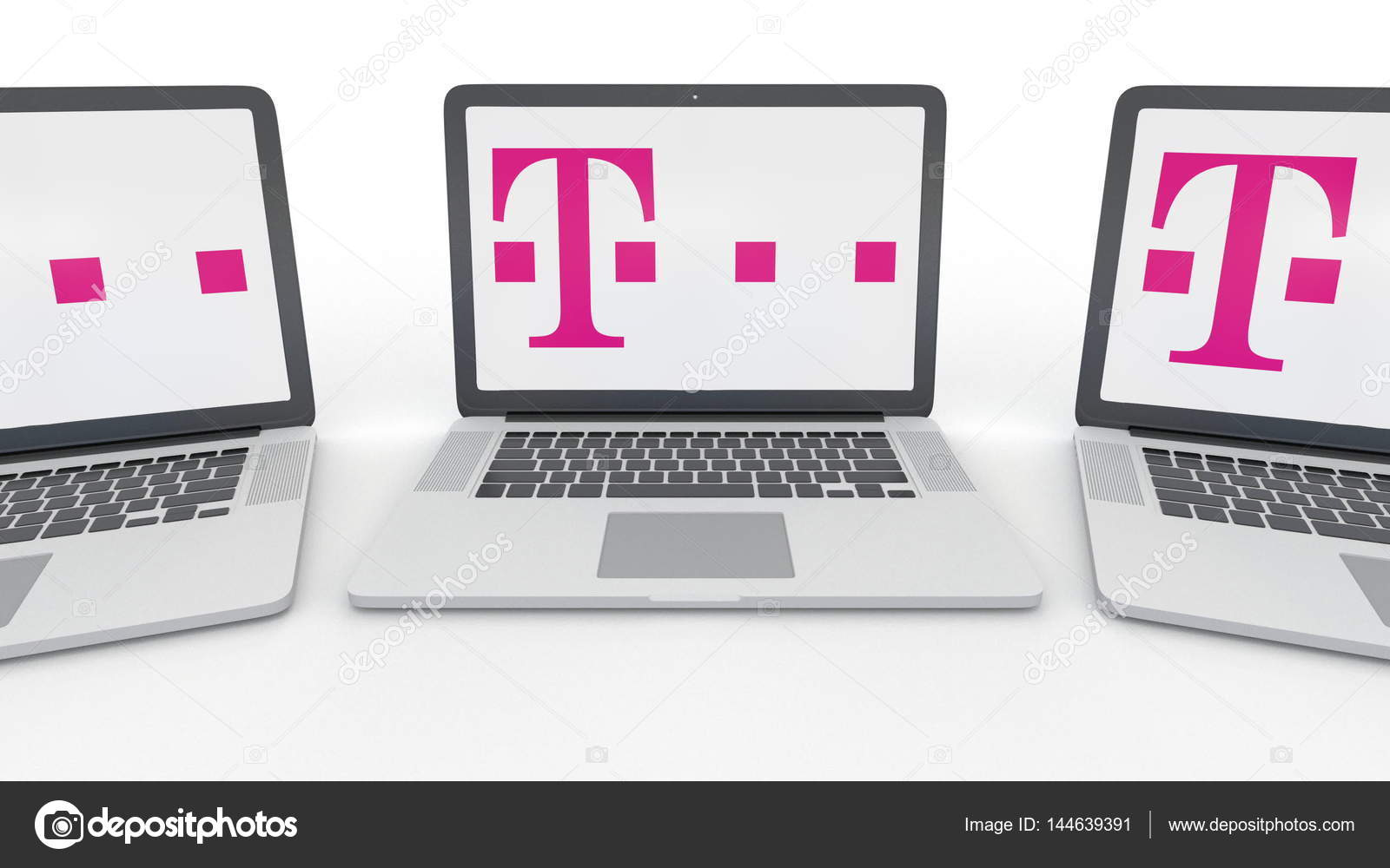 Notebooks Mit T Mobile Logo Auf Dem Bildschirm Computer Technologie