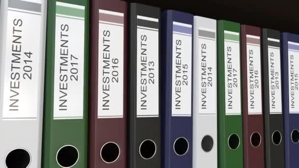 Linie vícebarevná úřadu pořadačů s investice značky, různé roky. 4 k bezešvé smyčka klip