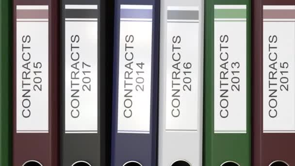 Více složky sady office s textem smlouvy popisky 3d vykreslování různých let