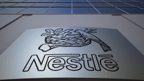 Venkovní značení deska s logem Nestlé. Moderní kancelářská budova. Úvodník 3d vykreslování