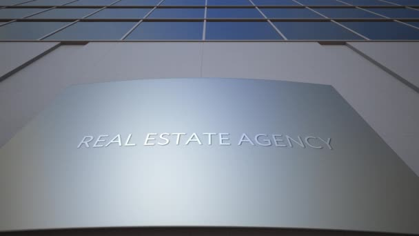 Immobilien Agentur Beschilderung Board zu abstrahieren. Modernes Bürogebäude. 4 k-clip
