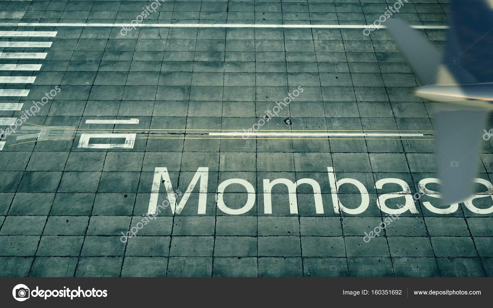 Aeroporto Kenya : Vista aerea di un aeroplano che arrivano allaeroporto di mombasa